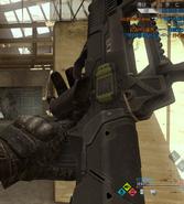 FAMAS recargando en Call of Duty Online