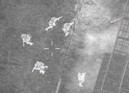 Miembros del SAS a las afueras de un almacén