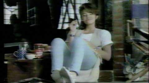 1986 TV Commercial Maxwell House Coffee Justine Bateman