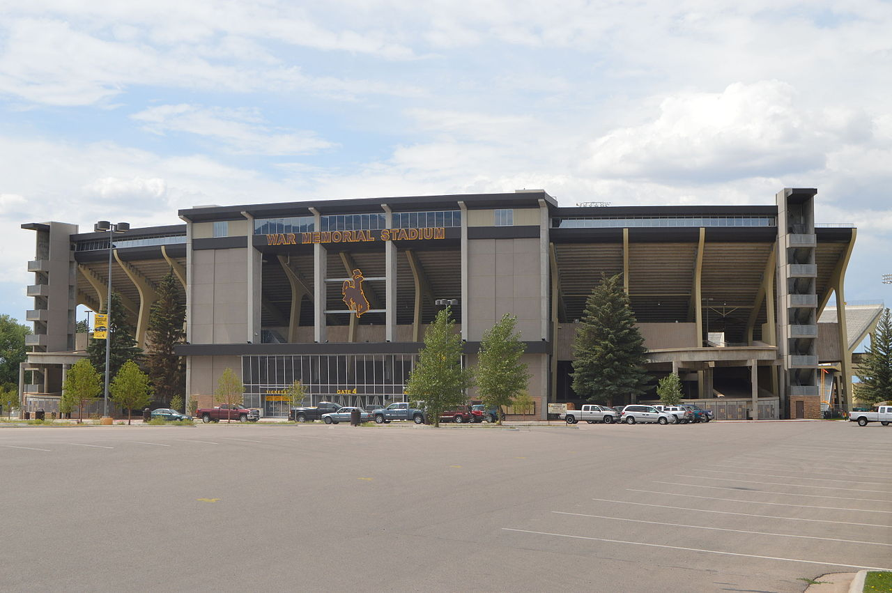 War Memorial Stadium (Wyoming)