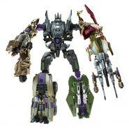 Transformers-Generations-Deluxe-Bruticus-combiner