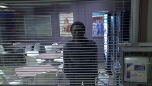 2x16-Troy LeVar 3.jpg