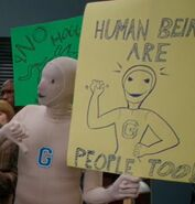S04E04-Human being Protester