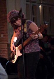 No Worries bassist