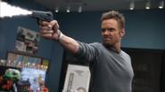 Jeff Winger Shoots (2x09)