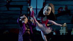S02E11-Ballerannie kicking Wizard.jpg