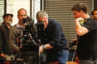 4X13 Behind the scenes photo 9