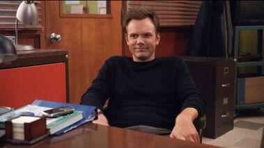 1x14 Jeff in Pelton's office