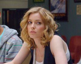 1x1 Britta suspicious