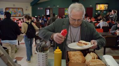1x1 Pierce VS the hotdog 2