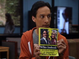 2x20-Abed Who Indeed.jpg