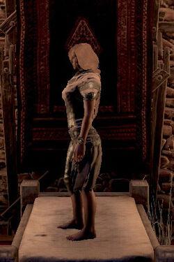 Black hand armor left side female.jpg