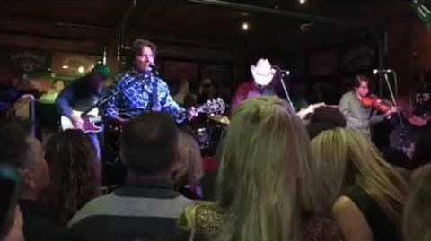Love and War Fortunate Son (Live) - Brad Paisley and John Fogerty
