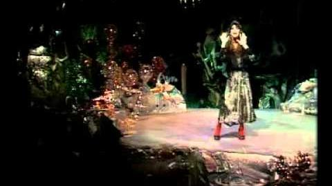Kate Bush - Wuthering Heights (Avro Top Pop)