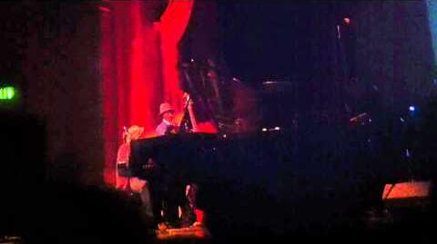 Tom Waits honors Lawrence Ferlinghetti Live