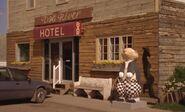 S04E19-Hotel pdog