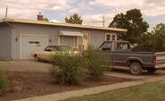 S02E15-Brent's house