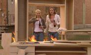 S04E12-Burning hutch