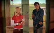 S03E17-Wanda Hank hit