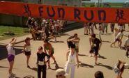 S03E07-Fun Run start