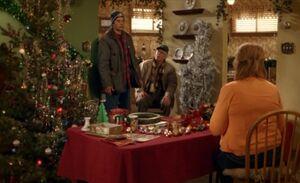 S03E13-Hank Oscar Emma.jpg