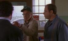 S01E02-Oscar yells at Drey.jpg