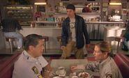 S04E15-Hank pants