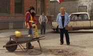 S03E02-Lacey jackhammer