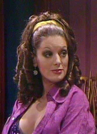 Vicki (Episode 1281)