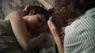 Sara-Serraiocco-Liv-Lisa-Fries-Greta-snaps-pics-of-Baldwin-Counterpart-STARZ-Season-1-Episode-8-Love-the-Lie