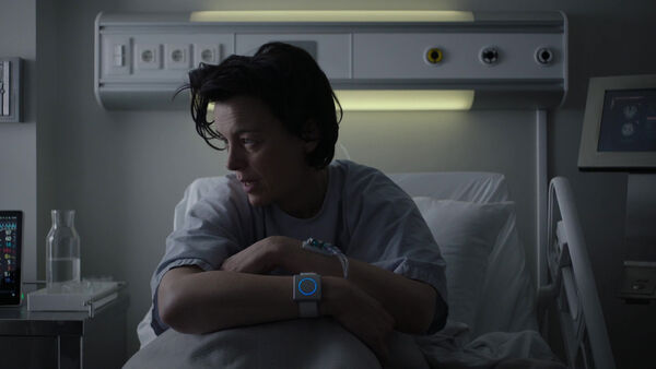 Emily-in-the-hospital-Counterpart-Season-1-Episode-4-Both-Sides-Now.jpg