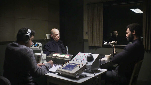 Adeel-Akhtar-JK-Simmons-Nicholas-Pinnock-Casper-D1-Howard-Ian-Shaw-oversight-session-Counterpart-Starz-Season-1-Episode-6-Act-Like-Youve-Been-Here-Before.jpg