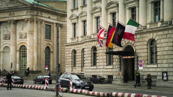 Hotel-Walcott--Hotel-de-Rome-at-Bebelpatz-Counterpart-STARZ-Locations-Season-1-Epiosde-3--Diplomacy.jpg