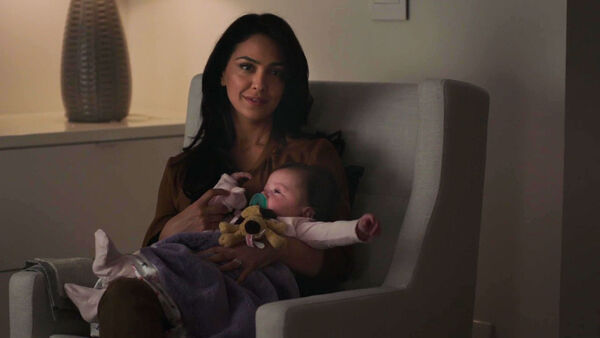 Nazanin-Boniadi-as-Clare-Quayle-Counterpart-STARZ-Season-1-Episode--6--Act-Like-Youve-Been-Here-Before.jpg