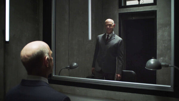 JK-Simmons-Two-Howards-Interface-Counterpart-STARZ-Season-1-Episode-8-Love-the-Lie.jpg
