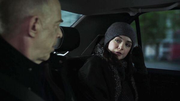 Howard-and-Anna-Burton-Silk-Counterpart-Season-1-Episode-4-Both-Sides-Now.jpg