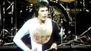 Queen - We Are The Champions (Official Video)-3
