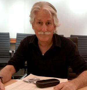 Robert Alvarez.png