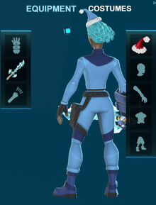 Creativerse holiday hat 2018-08-26 11-28-50-75 costumes .jpg