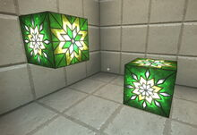 Creativerse green snowflake glass 2018-12-21 22-37-35-70.jpg