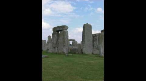 Stonehedge_-_By_derpyspaghetti_-