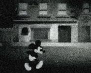 Mickey walks片段