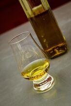 Whiskey-1500466 1280.jpg