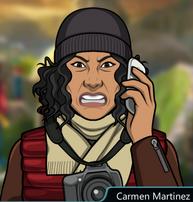 Carmen en el telefono enojada