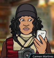 Carmen con su telefono shockeada 2
