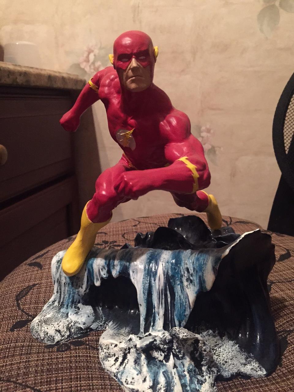 Flash Statue (1995) 2870