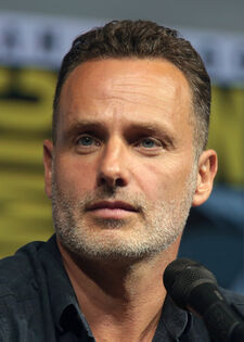 Andrew Lincoln (42749683025) (cropped).jpg