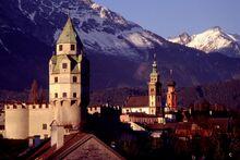 Tirol Hall 01.jpg
