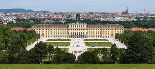 Schloss Schönbrunn Vienna, Ravenspur