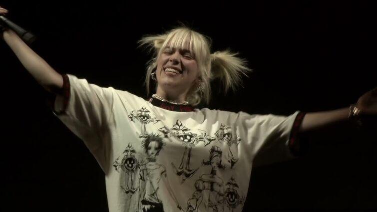 Billie Eilish - LIFE IS BEAUTIFUL MUSIC FESTIVAL 2021 DAY 3